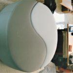 Pouf in pelle simbolo Yin Yang - Arte Tappezzeria Martina Franca Gennaro Abbracciavento